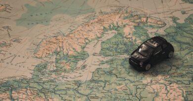 Jak zorganizować tani transport samochodów osobowych?